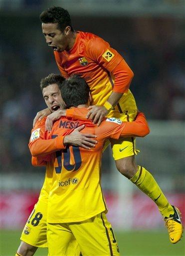 alba-thiago-messi-barcelona-granada